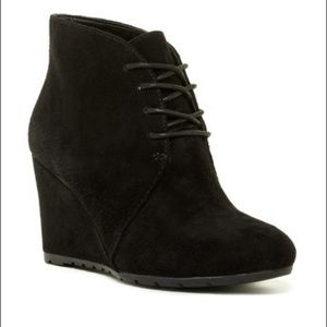 Clarks | Rosepoint Dew Suede Ankle Booties